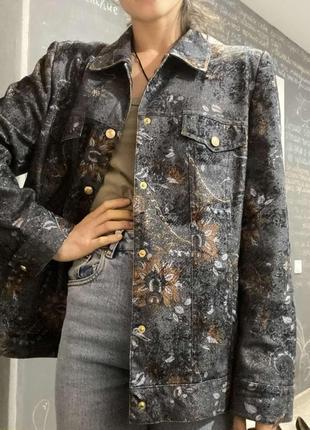 Жакет -курточка в размере м