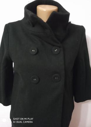 Коротеньке пальто, накидка