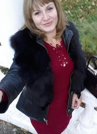 Кожаная курточка с шикарным мехом песца 48р