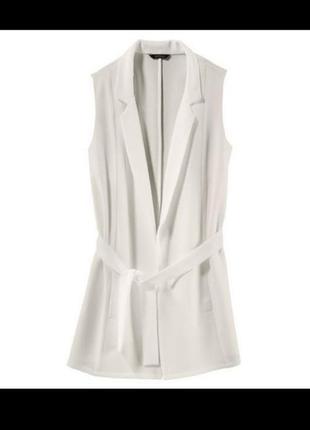 Стильная белая жилетка пиджак без рукавов esmara