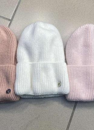 Жіноча зимова ангорова біла шапка на флісі