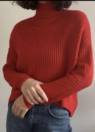 Тёплый красный свитер под горло объёмный оверсайз машинная вязка вязаный