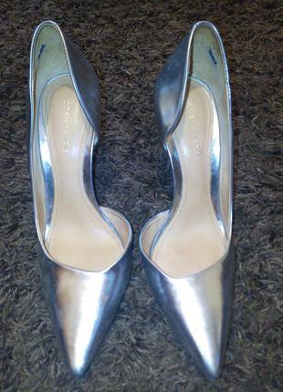 Очень крутые туфли cosmoparis