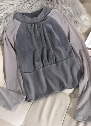 Шикарная и нарядная женская укороченная серая велюровая блуза размер s