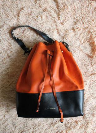 Яркая кожаная сумка мешок celine италия