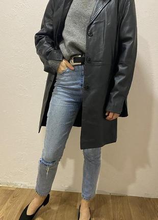 Винтажный кожаный плащ в размере m-l