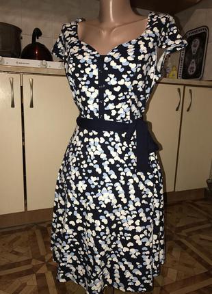 Шикарное платье натуральный материал