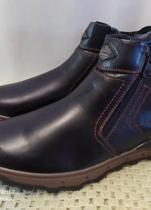 Кожаные ботинки на овчине