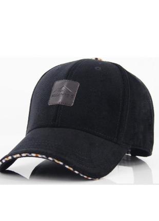 Бейсболка кепка осень зима  aubreyrene мужская черная