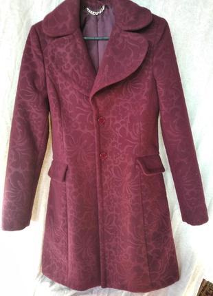 Оригинальное пальто с узором, s, m ( италия)