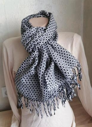 Стильный шарф унисекс conquista в идеале