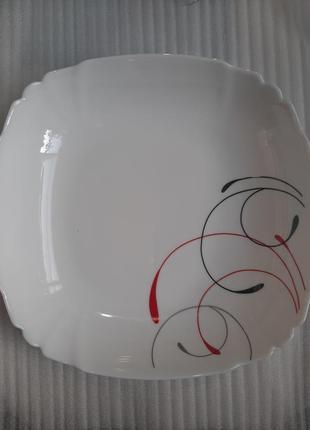 Глубокая тарелка,стеклокерамика