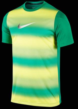 Очень крутая футболка от nike hypervenom ss top1