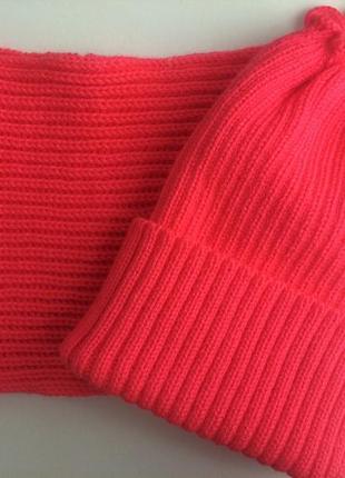 Зимний набор,шапочка и хомут