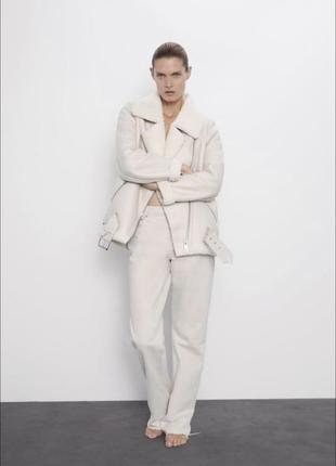 Белая дубленка авиатор zara на меховой подкладке куртка курточка