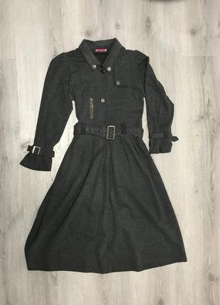 Платье серое зимнее