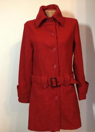 Красивое качественное красное  пальто м/ l/ brend life time шерсть 100%