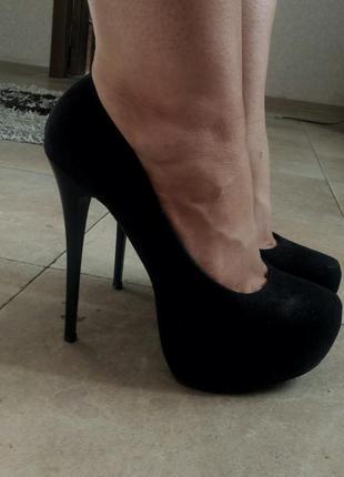Туфли на шпильке каблуке платформе черные