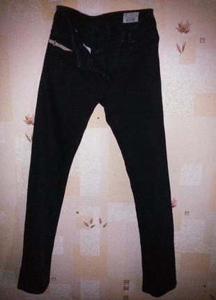 Крутейшие черные узкие  джинсы diesel!!!