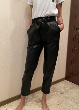 Брюки кожаные, штаны из эко кожи новые, джогеры кожаные