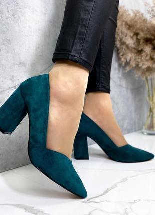 Туфли изумрудного цвета
