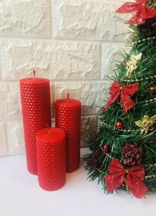 Набор красных свечей