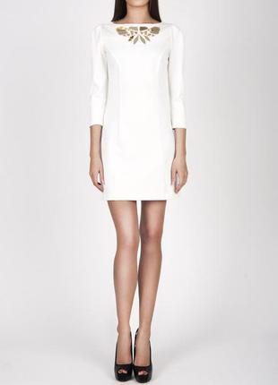 Молочное платье мини с золотым декором love republic