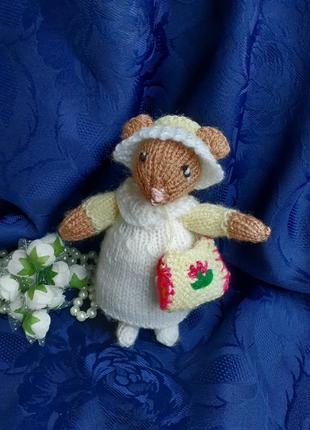 Мышка норушка мягкая игрушка интерьерная вязанная ручная работа мышонок в платье