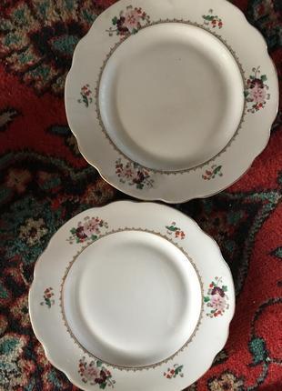 Две тарелочки тарелки