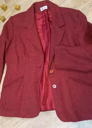 Женский пиджак бордовый шерстяной  50-52р
