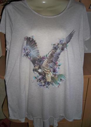 Модная футболка.