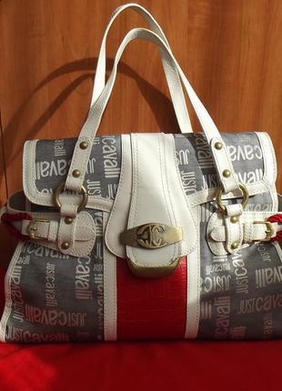 Стильная сумка. тиснение крок. оригинал. италия. бренд roberto cavalli