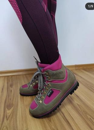 Трекинговие ботинки dolomite