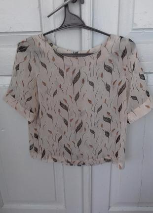 Легкая и стильная блуза
