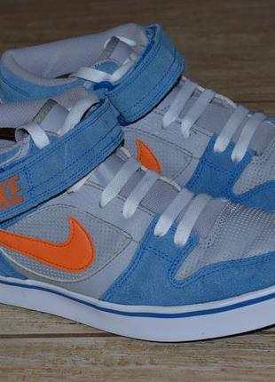 Nike 40-40.5р кроссовки высокие, сникерсы. оригинал