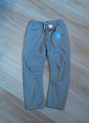 Теплые штаны фирменные на подкладке