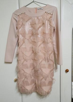 Стильное нарядное платье для девочки (рост 146)