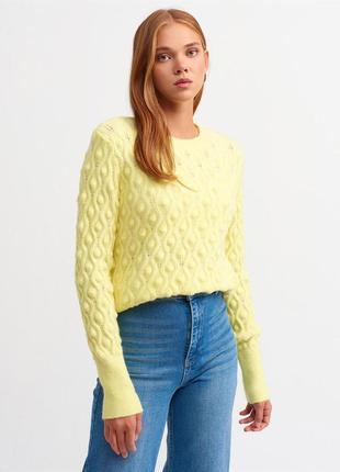 Жовтий джемпер
