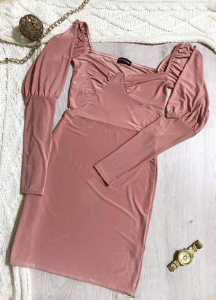 Сукня/платья/рукавчики воланом/облягаюче плаття/пудра/беж.