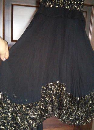 Красивое летнее вечернее платье без рукавов. 100% шелк и гипюр с золотистой ниткой