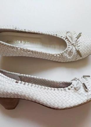 Красивые мягкие качественные туфли от daniele tucci
