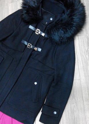 Красивое стильное пальто zara