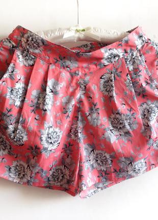 Яркие летние легкие розовые шорты с цветочным принтом, 36