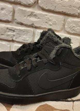 Кожаные ботинки, хайтопы утепленные nike (ориг). размер 37,5 (ст. 24 см)