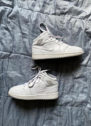 Nike air jordan 1 retro кроссовки