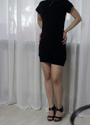 Маленькое черное платье на каждый день