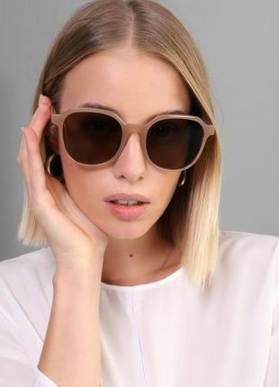 Большие имиджевые очки квадратные солнцезащитные ретро винтаж окуляри тренд