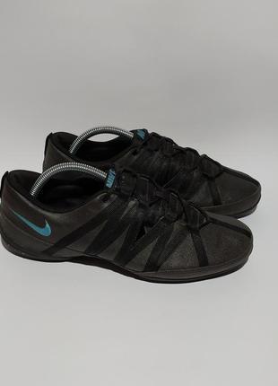 Nike оригинал кроссовки кеды для спорта фитнеса размер 41