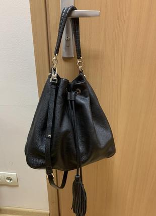 Итальянская кожаная сумка coccinelle