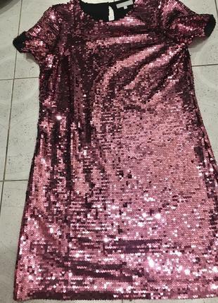 Новогоднее платье в пайетках